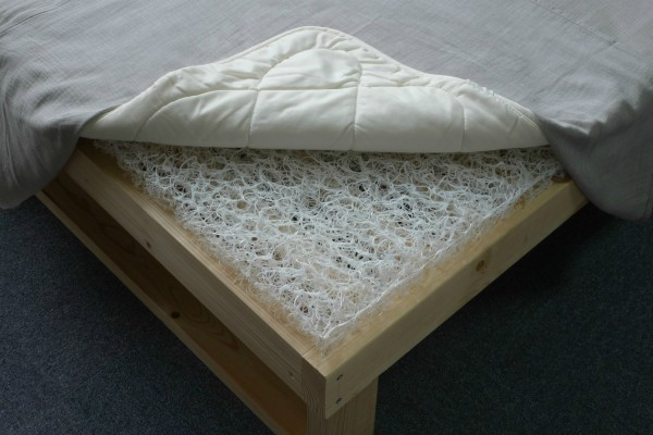 Comfortable combination of bed and mattress