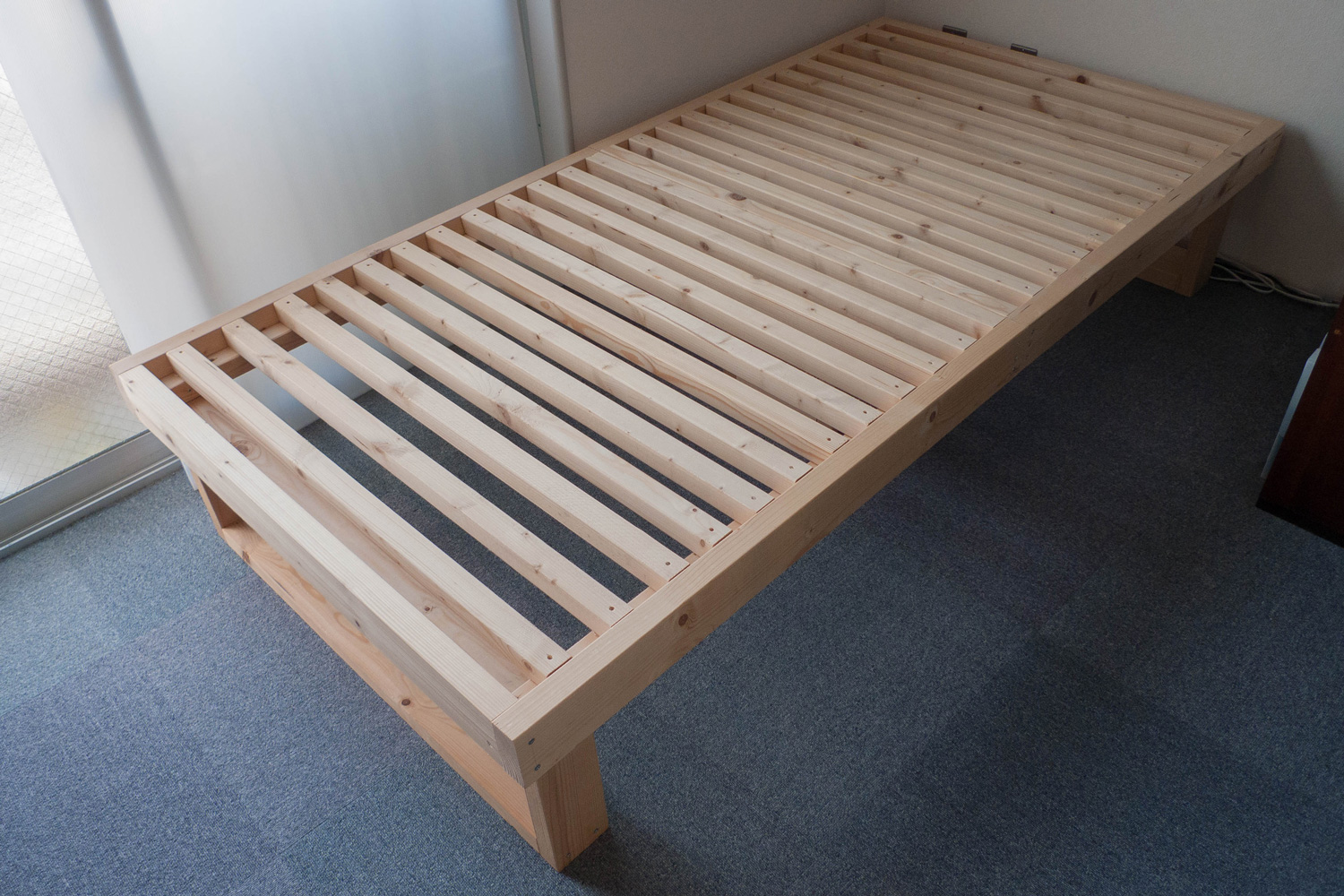 What Is The Bed Frames With Posts